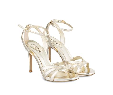 Sandalen als Accessoire für Hochzeitsgäste