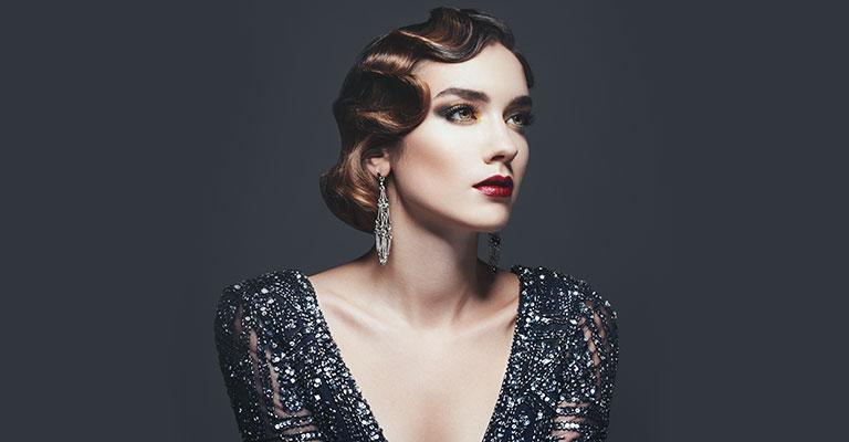 Glamuröse Frisur für Vintagehochzeit
