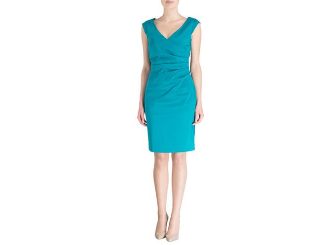 Cocktail Dresscode - Outfit mit klarer Farbsprache