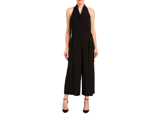 Schlichte Eleganz: Neckholder-Kleid