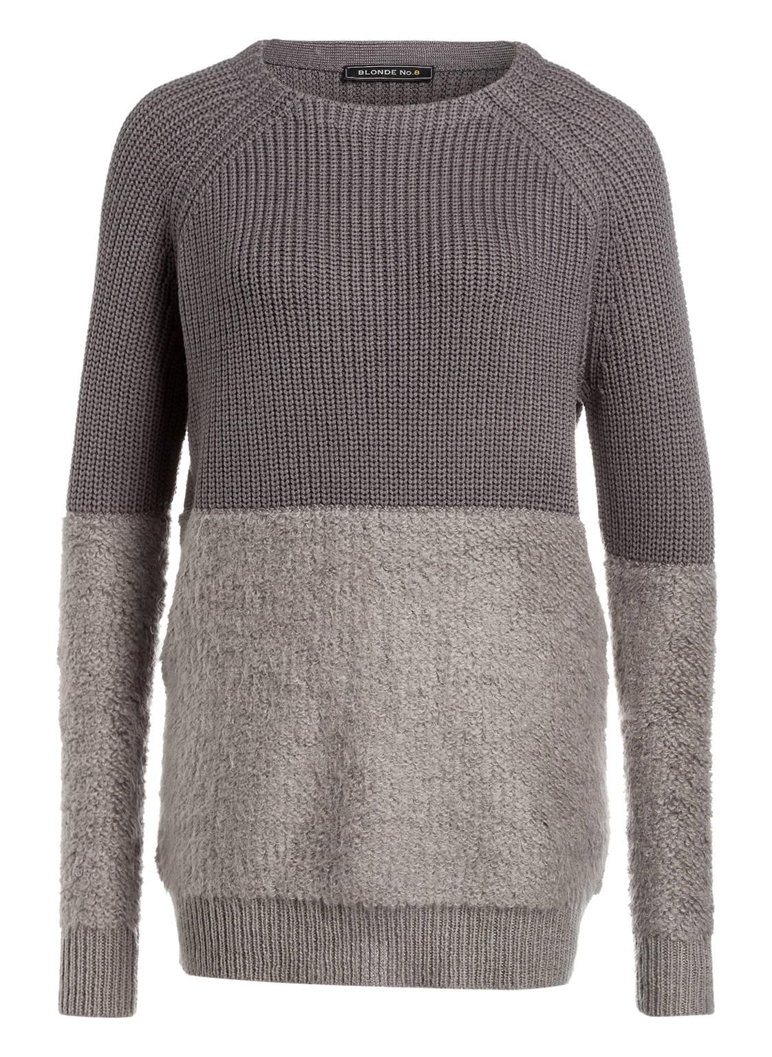 Artikel klicken und genauer betrachten! - Coolness wird zu Ihrer Begleiterin mit diesem trendigen Pullover von BLONDE No.8. Das Modell hebt sich gekonnt mit lässigem Oversized-Schnitt ab. Der Material-Mix mit flauschigem Mohair unterstreicht den angesagten Look. Die ideale Ergänzung Ihres Trend-Outfits! Details: Weiter Schnitt. Rundhalsausschnitt. Raglanärmel. Gerippter Bund. Maße bei Größe 36: Rückenlänge ab Schulter: 78 cm.   im Online Shop kaufen