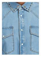 VALENTINO Jeanshemd mit Nietenbesatz Slim Fit, Farbe: HELLBLAU (Bild 1)