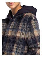 CLOSED Mantel BUBBLE PORI , Farbe: BLAU/ ECRU (Bild 1)