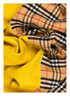 BURBERRY Cashmere-Schal, Farbe: VINTAGE CHECK/ GORSE YELLOW (Bild 1)