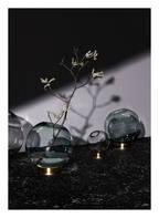 AYTM Vase GLOBE MEDIUM, Farbe: GRÜN/ GOLD (Bild 1)