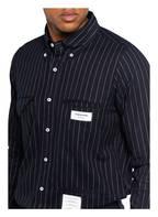 THOM BROWNE. Hemd Straight Fit, Farbe: DUNKELBLAU/ HELLROSA  (Bild 1)
