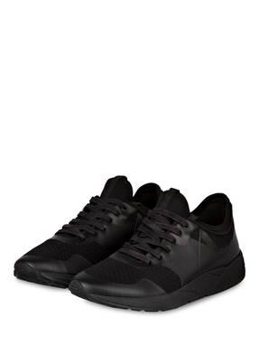 ARKK Sneaker WOLF