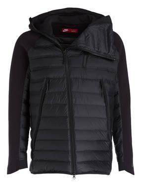 Nike Outdoor Jacken online kaufen    BREUNINGER d4b3e3fce0