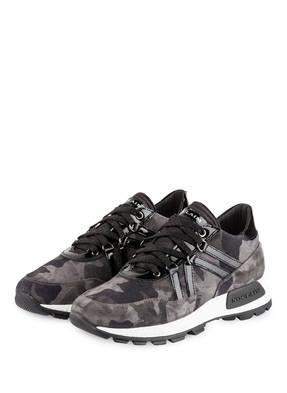 NO CLAIM Sneaker  SOLE22