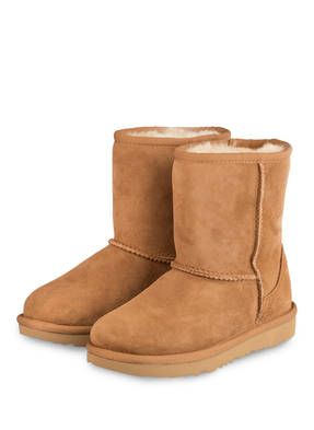 UGG Boots CLASSIC SHORT II