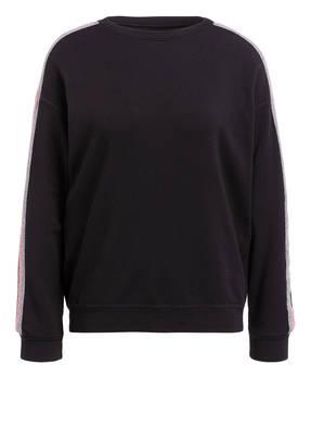 velvet Pullover