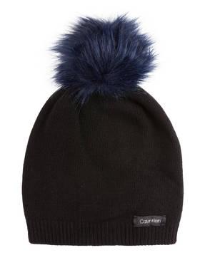 Calvin Klein Mütze mit Kunstfellbommel
