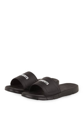 VETEMENTS Sandalen