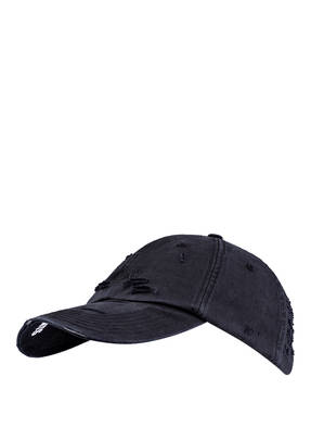 VETEMENTS Cap WEEKDAY