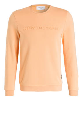 NEW IN TOWN Sweatshirt