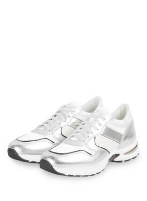 NO CLAIM Sneaker SNACK