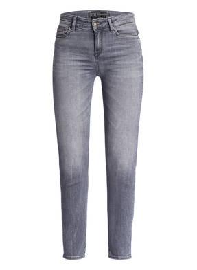 f56163c891b3 Skinny-Jeans NEEDin 7/8-Länge