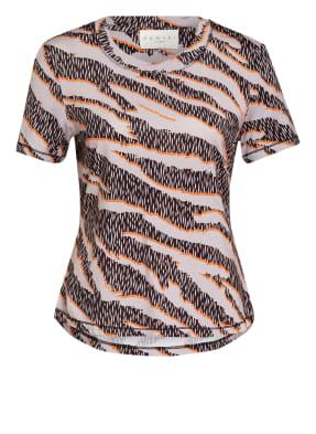 damsel in a dress T-Shirt SLOANE