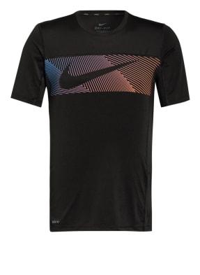 Nike T-Shirt mit Mesh-Einsätzen
