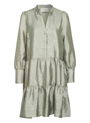 NEO NOIR Kleid FREI mit Volantbesatz