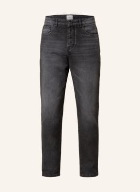 ami Jeans Tapered Fit