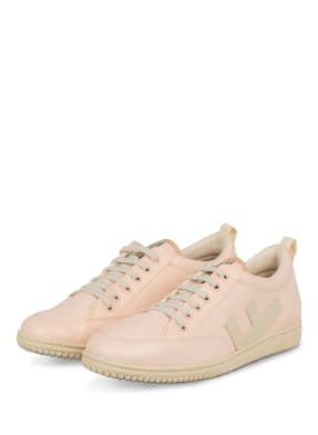 Flamingos' Life Sneaker ROLAND