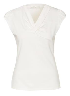 damsel in a dress T-Shirt ILDA