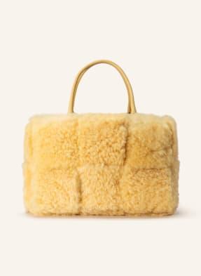 BOTTEGA VENETA Handtasche mit Pouch und Lammfellbesatz