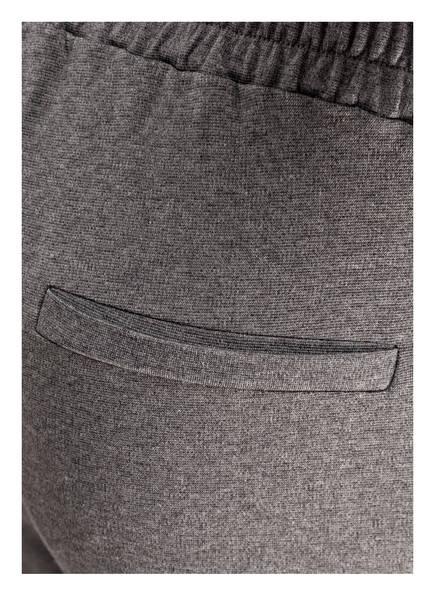 CARTOON Sweatpants mit Paillettenbesatz
