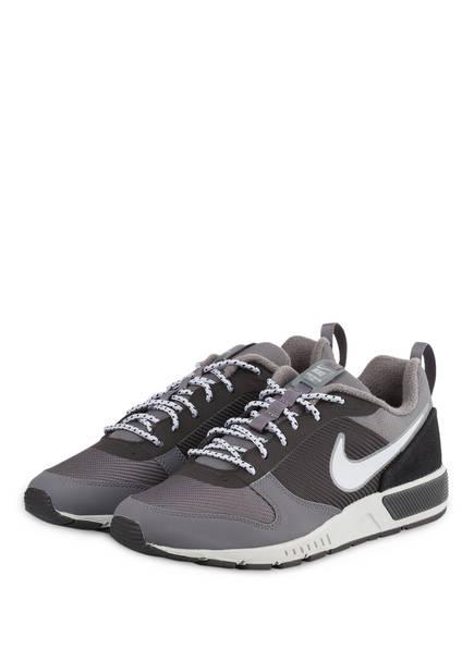 Nike Sneaker NIGHTGAZER, Farbe: SCHWARZ/ GRAU (Bild 1)
