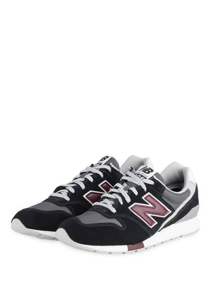 Sneaker MRL996