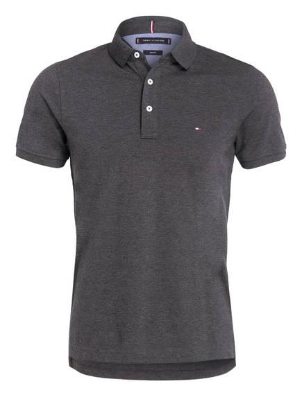 TOMMY HILFIGER Piqué-Poloshirt Slim Fit, Farbe: DUNKELGRAU (Bild 1)