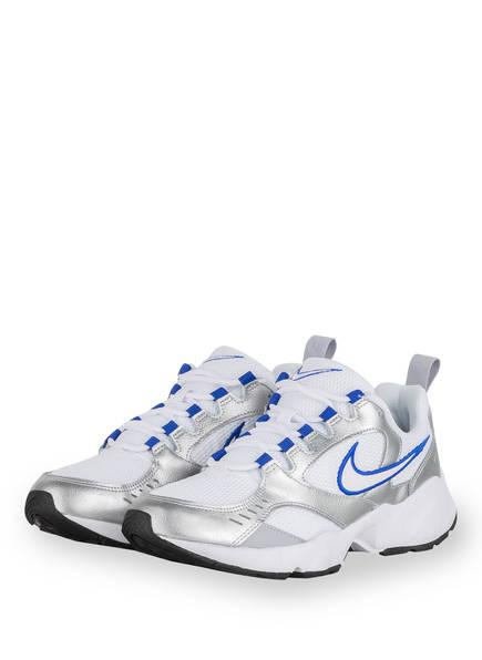 Silberne Sneaker mit blauem Nike zeichen, Sneaker von Nike