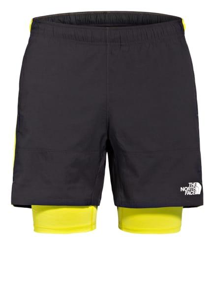 THE NORTH FACE 2-in-1-Shorts ACTIVE TRAIL, Farbe: DUNKELGRAU/ NEONGELB (Bild 1)