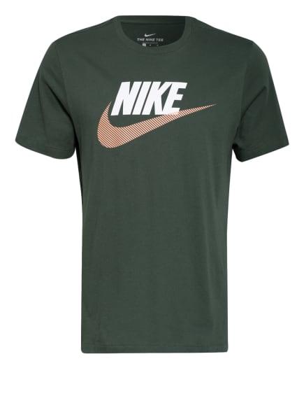 Nike T-Shirt SPORTSWEAR, Farbe: DUNKELGRÜN/ WEISS/ NUDE (Bild 1)