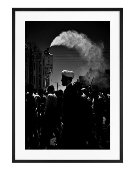 DEMOCRATIC GALLERY Poster MONOCHROMER MARKT IM NAHEN OSTEN, Farbe: SCHWARZ (Bild 1)