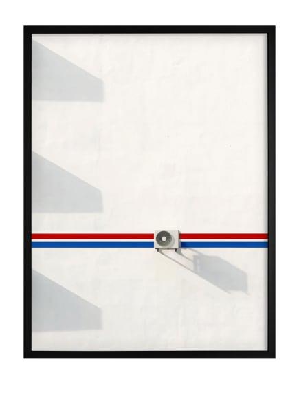 DEMOCRATIC GALLERY Poster GESTRICHENE HAUSWAND, Farbe: ROT (Bild 1)